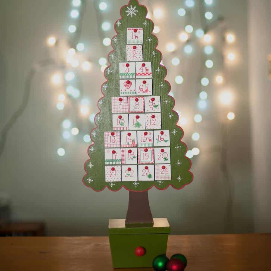 Cool Christmas Wall Decor : Unique christmas trees that kids will love wall art
