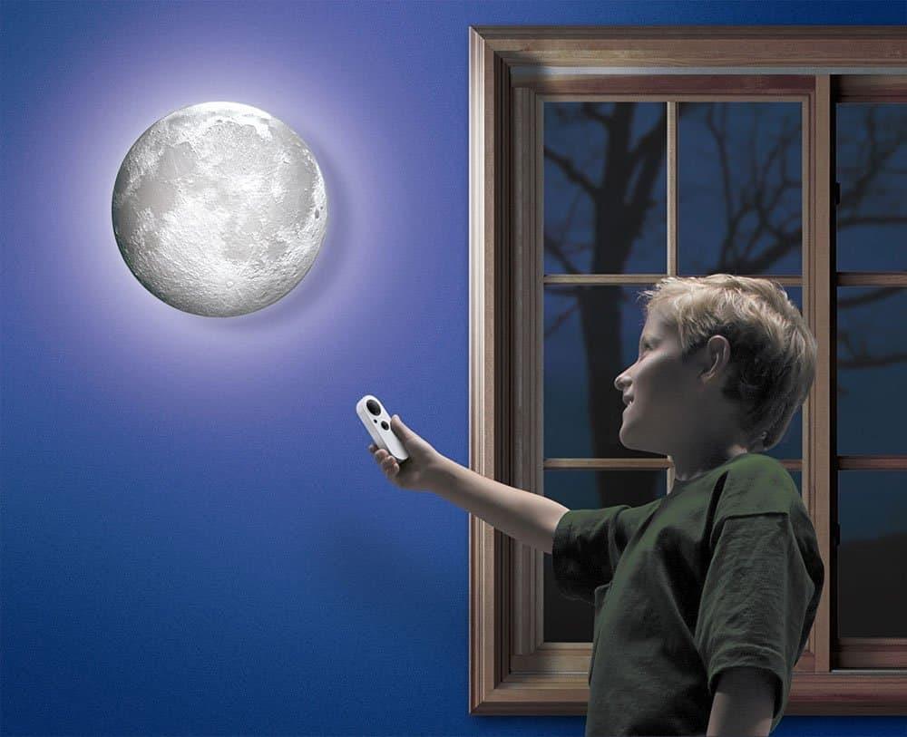moon-in-my-room