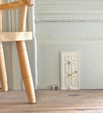 Sweet fairy door, with fairy door tutorial image