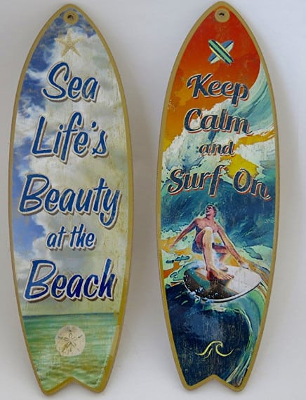 surf board wall decor for beach room.